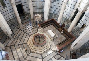 Pisa Baptisterium